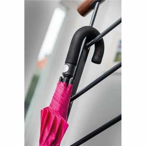 mørk pink paraply